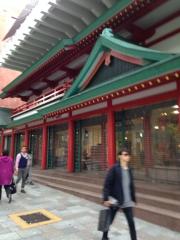 No, non è un tempio, anche se ne ha tutto l'aspetto e la grandezza