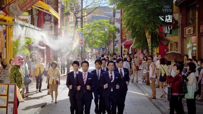 curiosita strani gruppi di idol world order